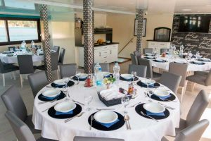 Majestic dining / restaurant