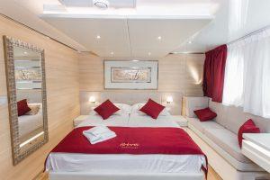 Riva Main Deck cabin