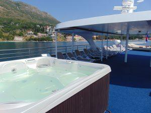 MS Invictus Deluxe Croatia Cruise Ship Sundeck